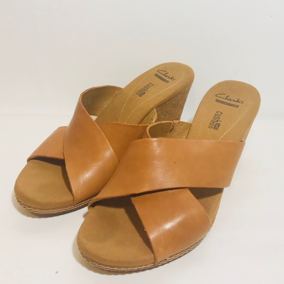 a4fa7f83d0c8 Clarks Shoes - CLARKS Womens Wedge Sandals Size 8 US